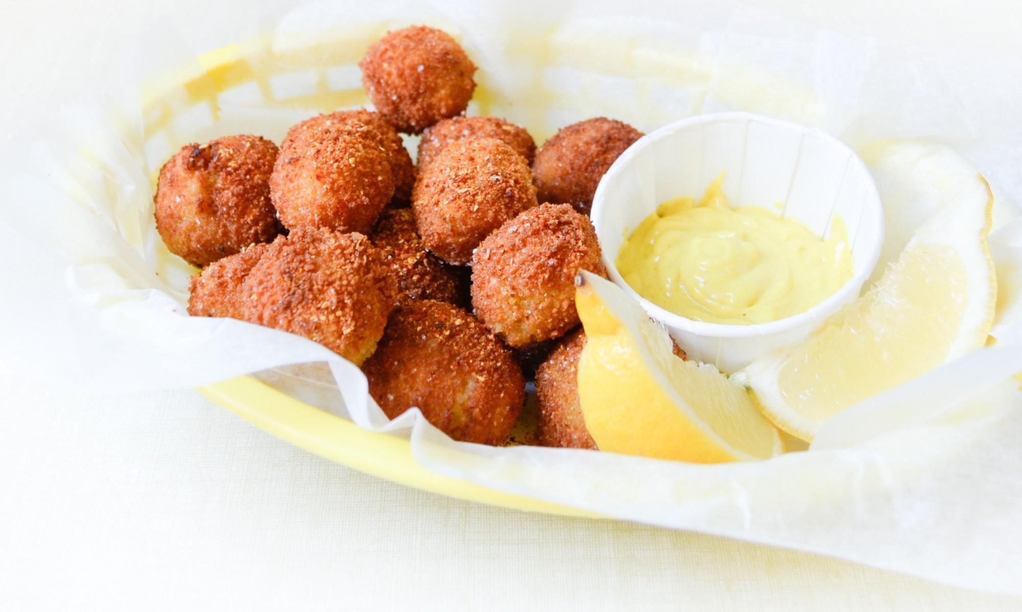 lentil potato fritters beignets vegetarien pomme de terre lentilles corail curry diner americain