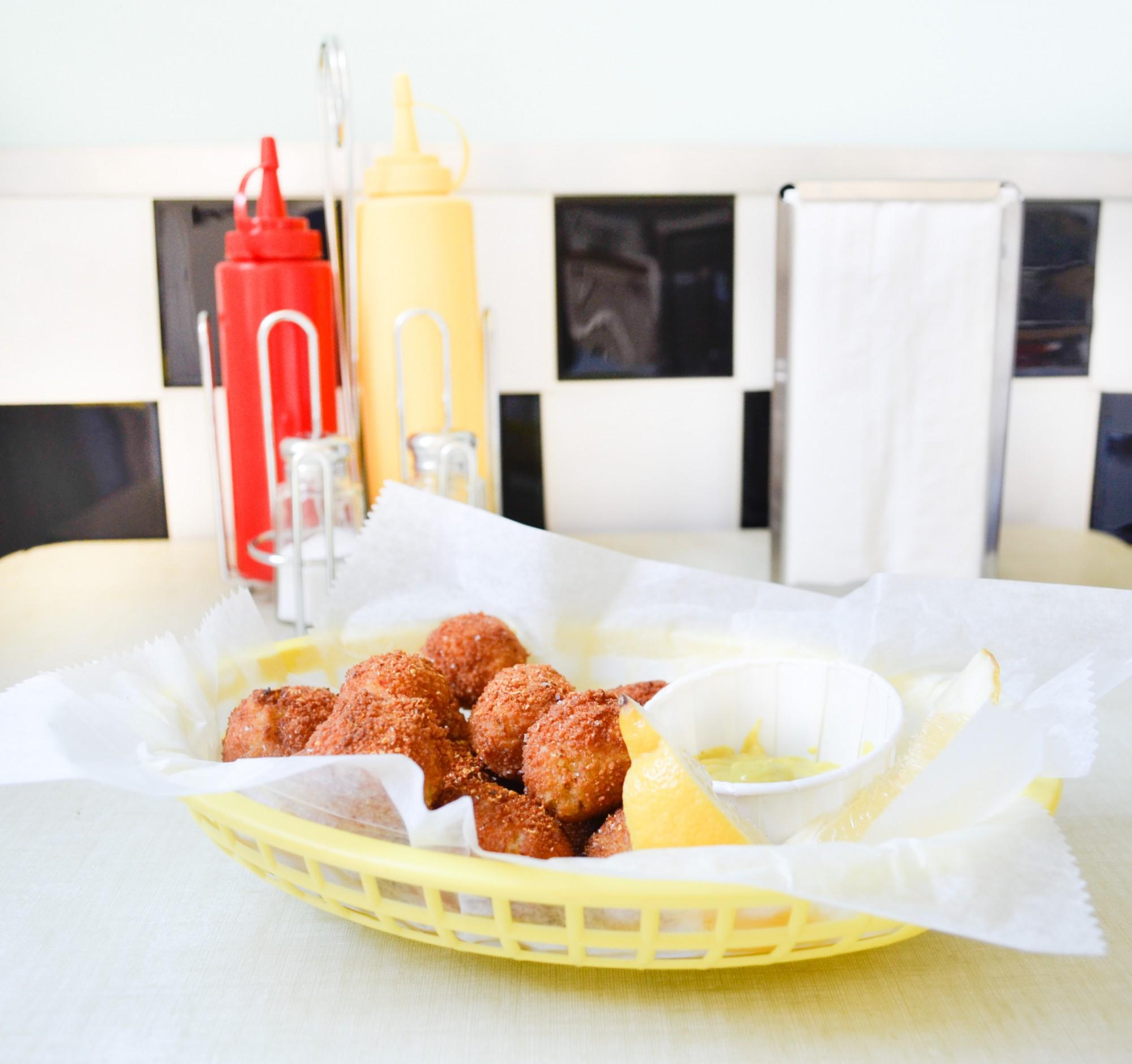 lentil potato fritters diner americain beignet lentille corail curry pomme de terre