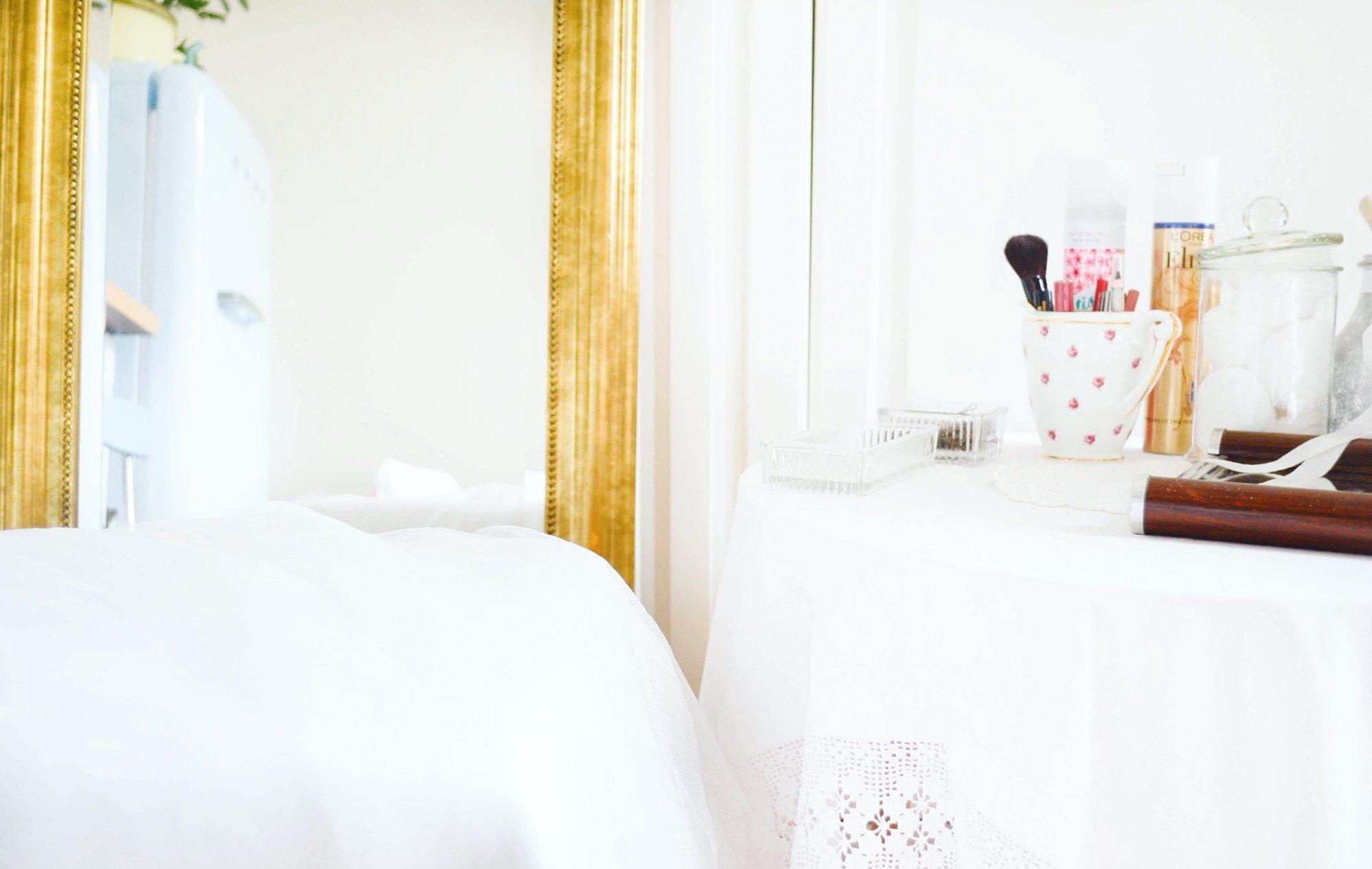 miroir salon coiffure baroque bal de versailles