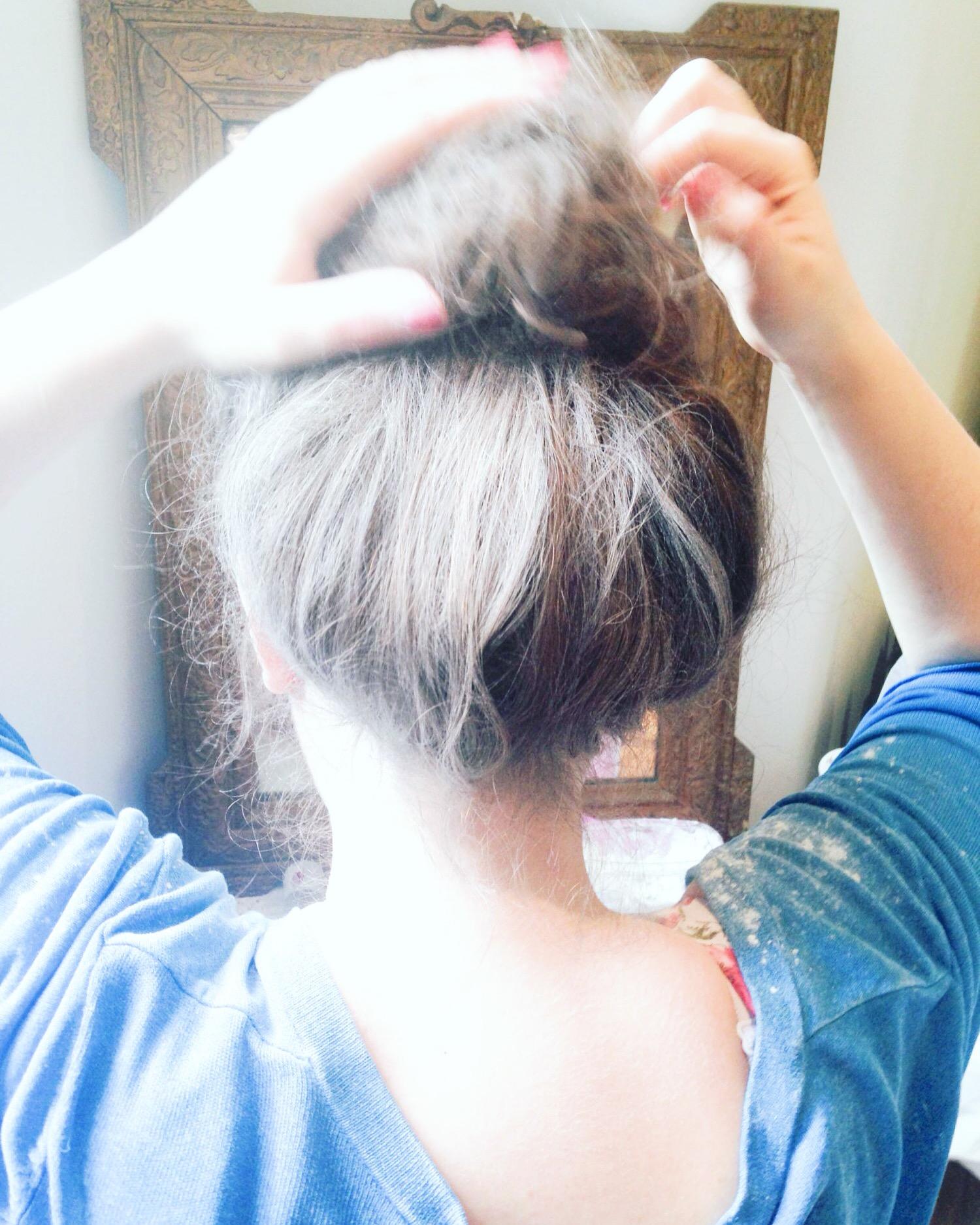 coiffure baroque blanchir les cheveux maizena bal de versailles